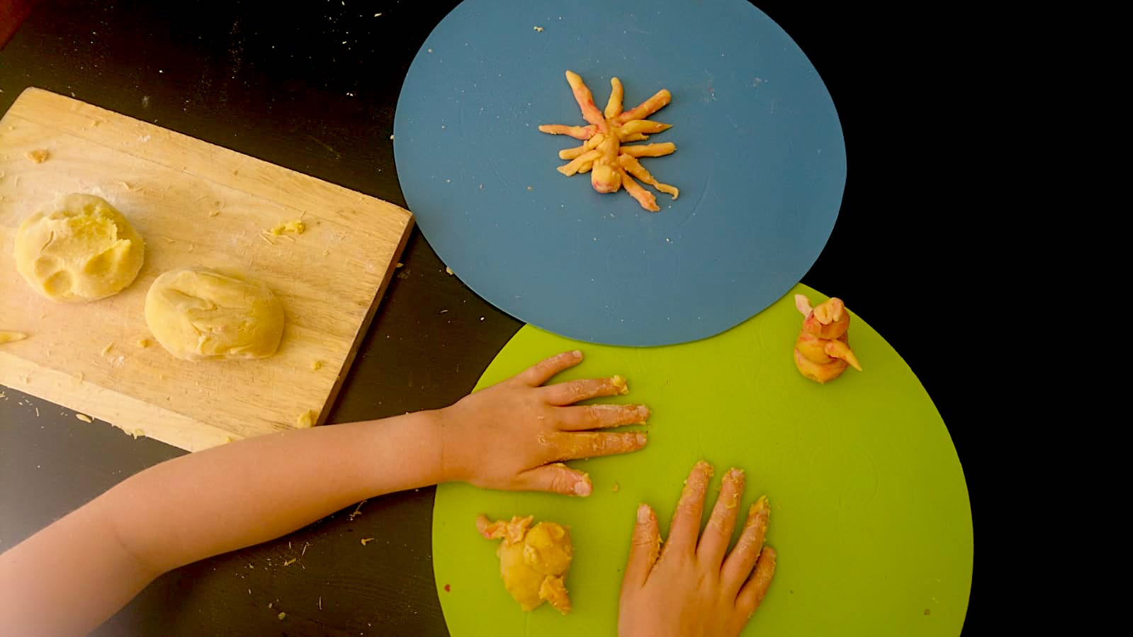 Natural play dough for kids
